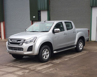 isuzu d-max model - declan treanor commercials